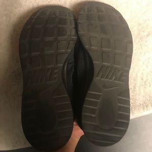 "Nike Shoes - 🚩🚩Sold🚩🚩🔥Nike ""Tanjun"" Black 9.5🔥"